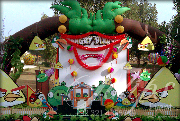 Angry birds for Angry bird decoration ideas