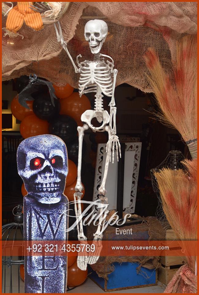 Spooky Halloween Party Decoration Ideas in Pakistan 67