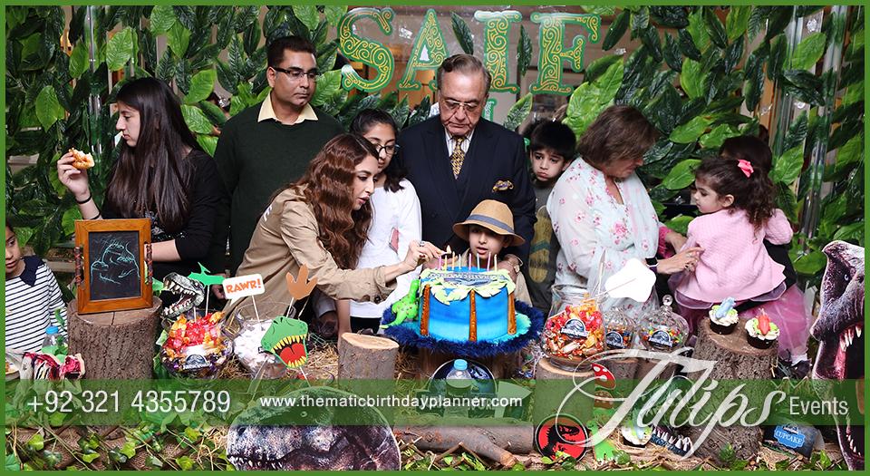 jurassic-world-theme-party-decor-ideas-in-pakistan-01