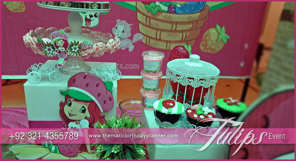 strawberry shortcake themed birthday party decor in Pakistan 08