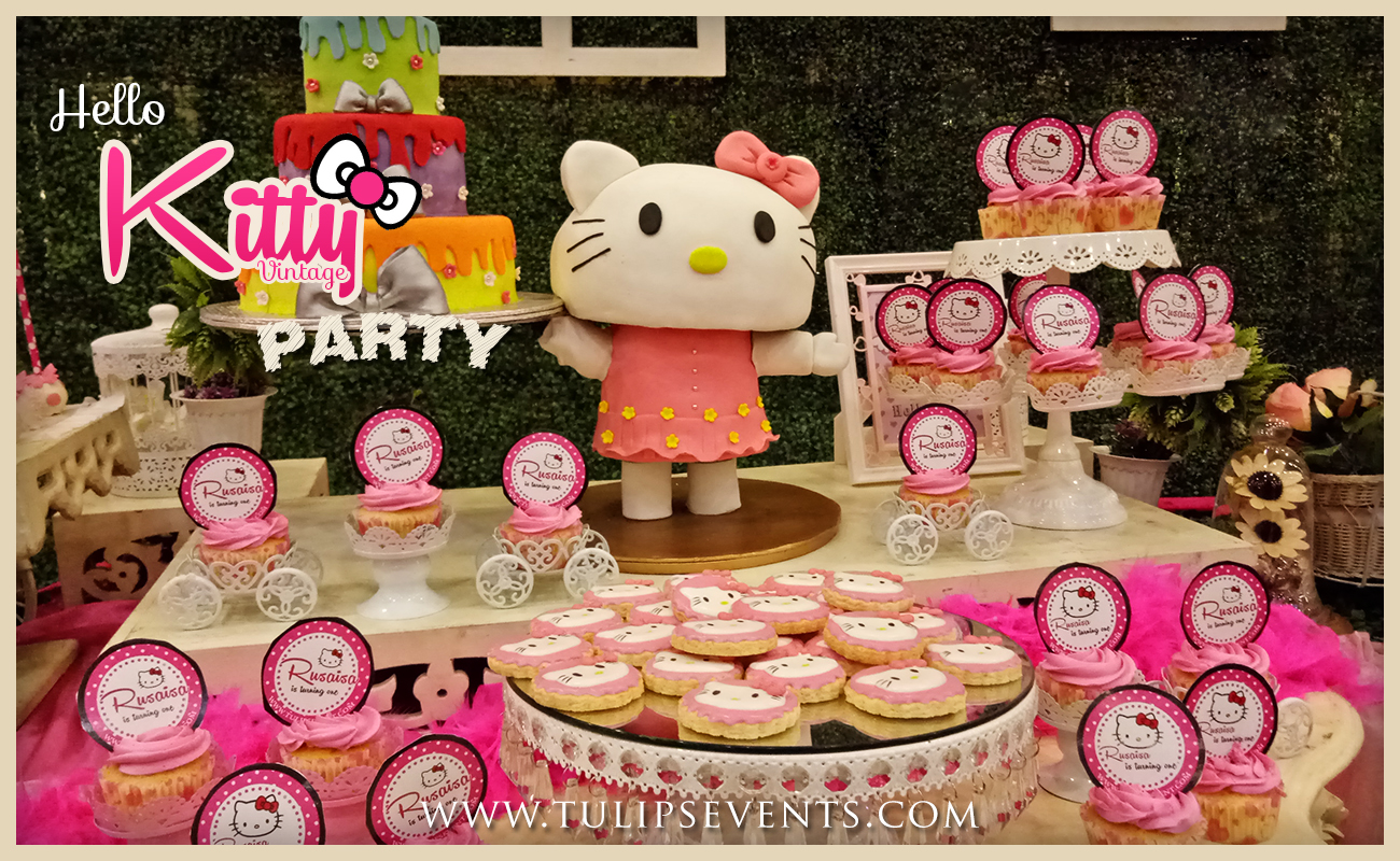 hello-kitty-themed-party-backdrop-decor-ideas-in-pakistan-03