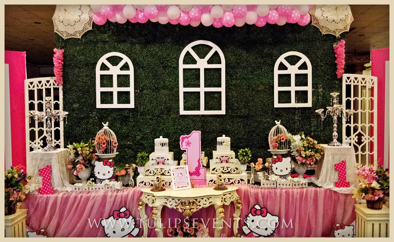 hello-kitty-themed-party-backdrop-decor-ideas-in-pakistan-04