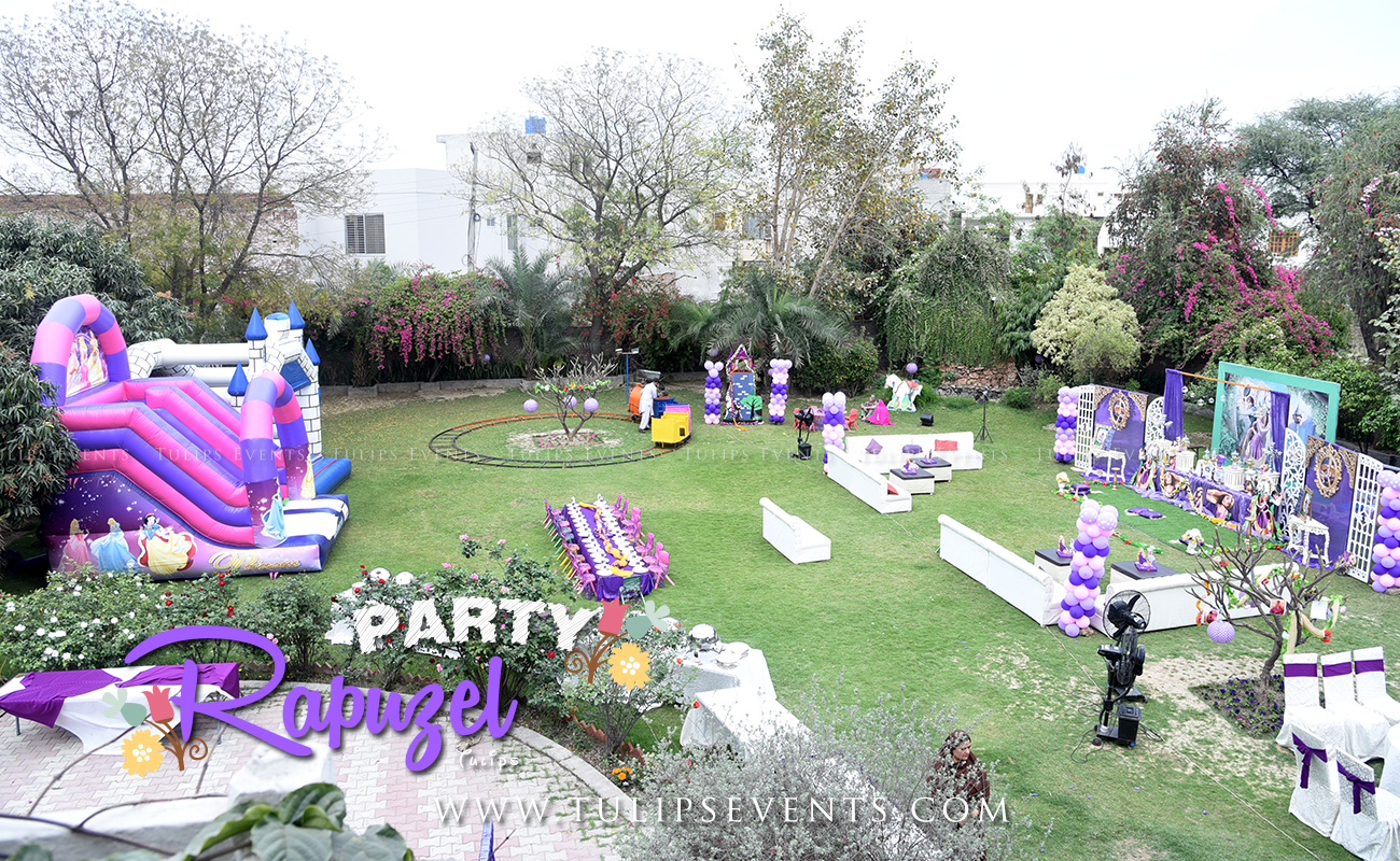 rapunzel-tangled-outdoor-party-decor-ideas-in-pakistan-4