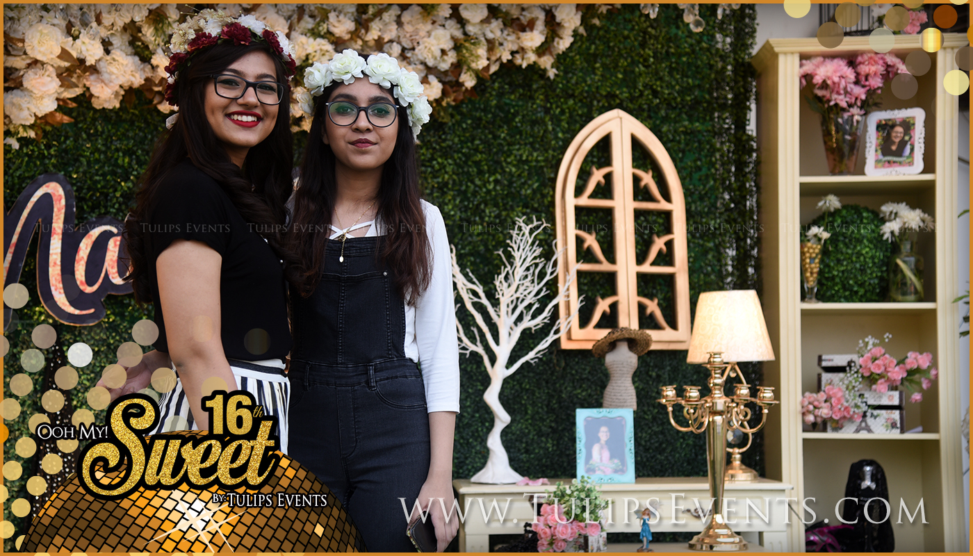 sweet-16-golden-party-decor-ideas-in-pakistan-6