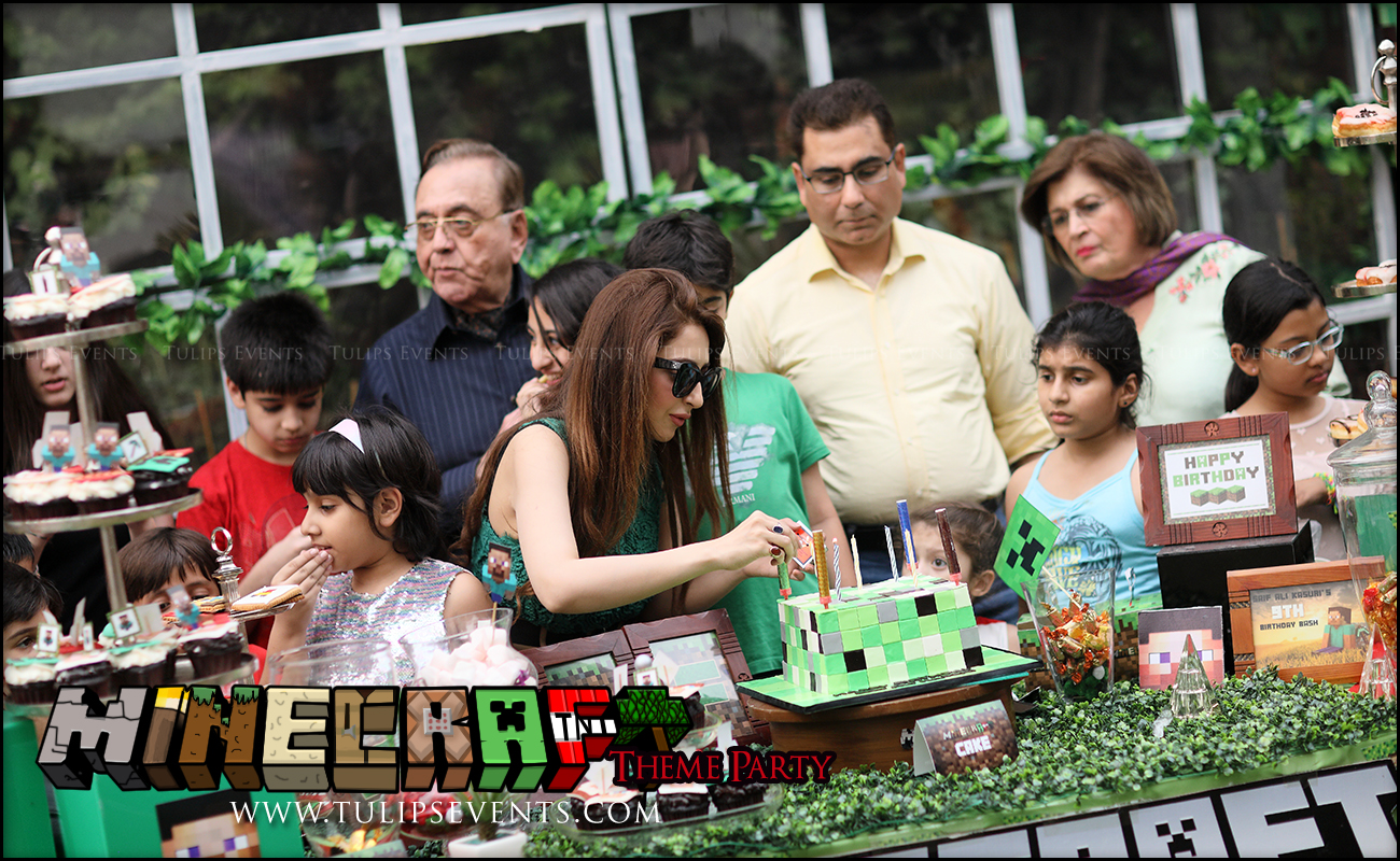 minecraft-birthday-party-theme-decoration-ideas-in-pakistan-10